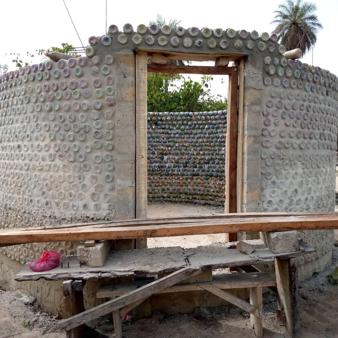 Pojmenuj jeden z bungalovů v Senegalu