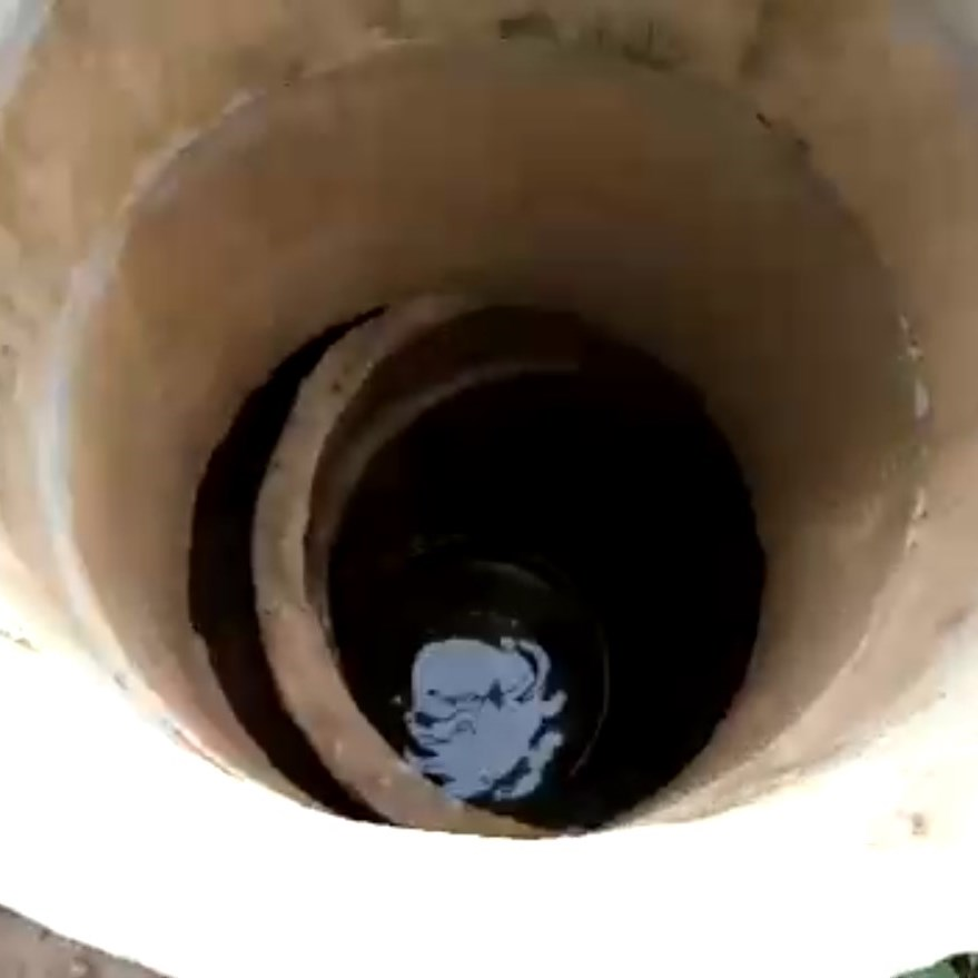 POMOZ NÁM Opravit studnu