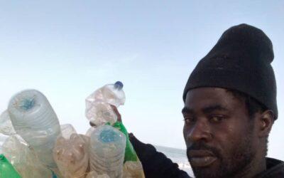 VIDEO O SBĚRU PLASTOVÝCH LAHVÍ V SENEGALU